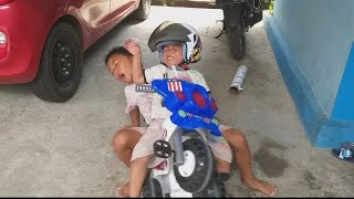 Video lucu Rossi naik motor Polisi | mainan anak | Police motorcyle | Toy for Kids