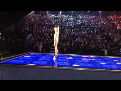 Front Row — Taylor Swift Live Victoria's Secret Fashion Show 2014