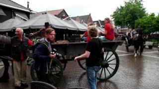 Nieuw biertje 'Lelie Wit' gelanceerd in de binnenstad van Ommen