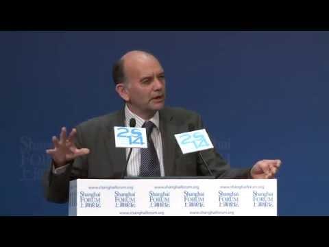 """[2014 Shanghai Forum] Michael Grubb """"Planetary Economics"""""""