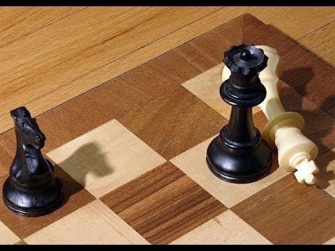 """Chess online: Đòn phản công """"BIẾN ẢO"""" ở Tàn cuộc (Chess Endgame)"""