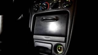 Как снять центральную панель TOYOTA COROLLA E11 Compact