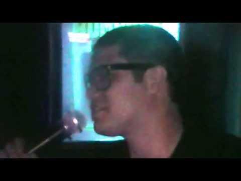 Elvis Bar Karaoke el mejor ambiente de karaoke de Costa Rica