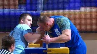 Чемпионат Украины по армрестлингу 2019 | Финалы | Правая | Мужчины