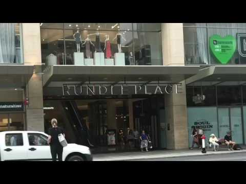 Adelaide Rundle mall. Life in Adelaide
