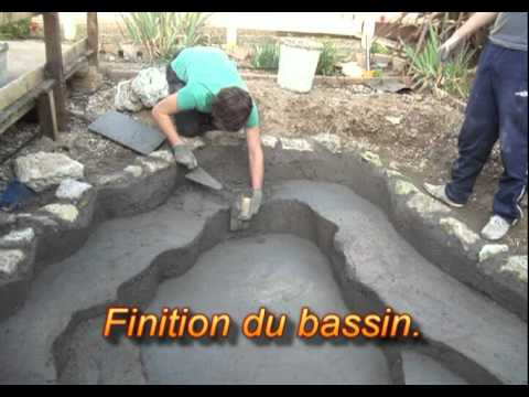 Cr ation d 39 un bassin paysager mfr bias youtube for Construire bassin
