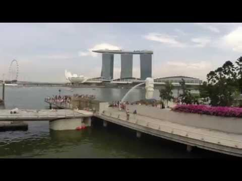Time lapse / stop motion of Marina Bay Waterfront Promenade - Singapore