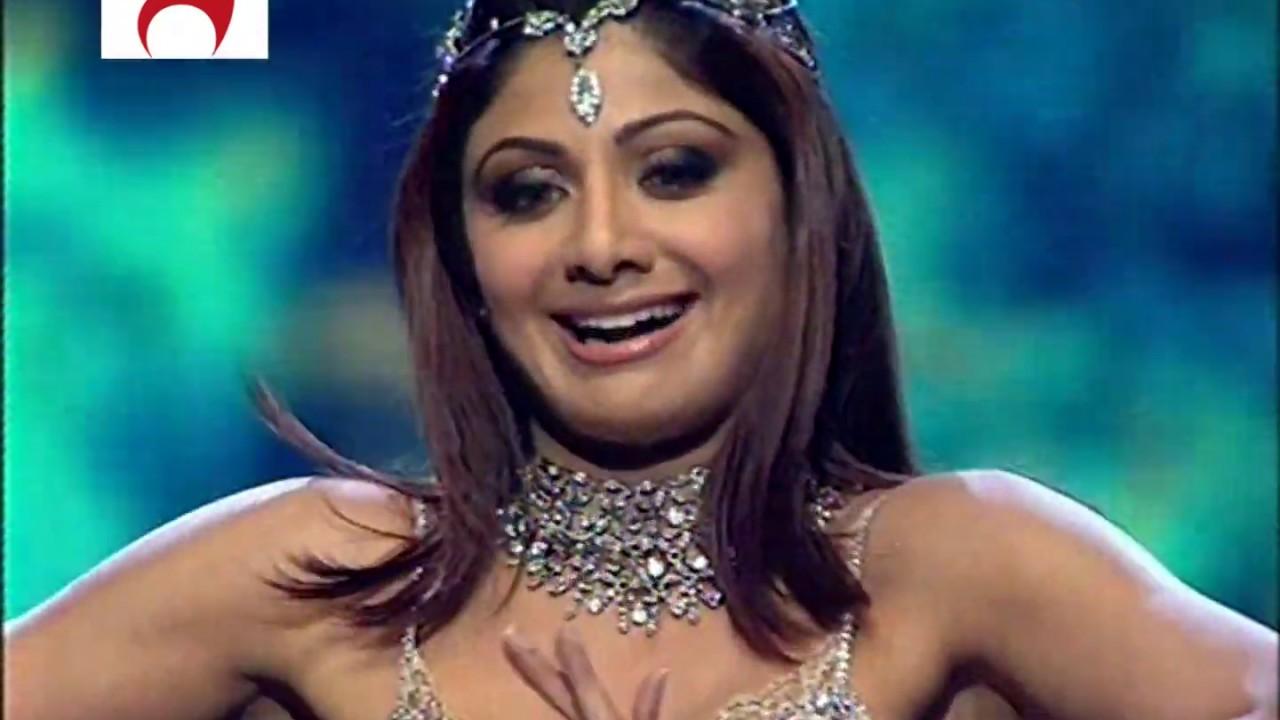 Download Shilpa Shetty Live Performance (Crazy Kiya Re, Aaj Ki Raat, It's Rocking) @  IIFA Awards 2007 1080p