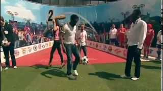 Incredible Juggling skills: Jay Jay Okocha vs Emma Okocha