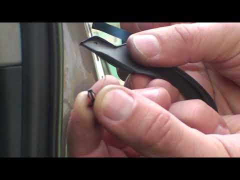 Установка вертикального уплотнителя на двери в Тойота Камри VX 30 (ACV30L)