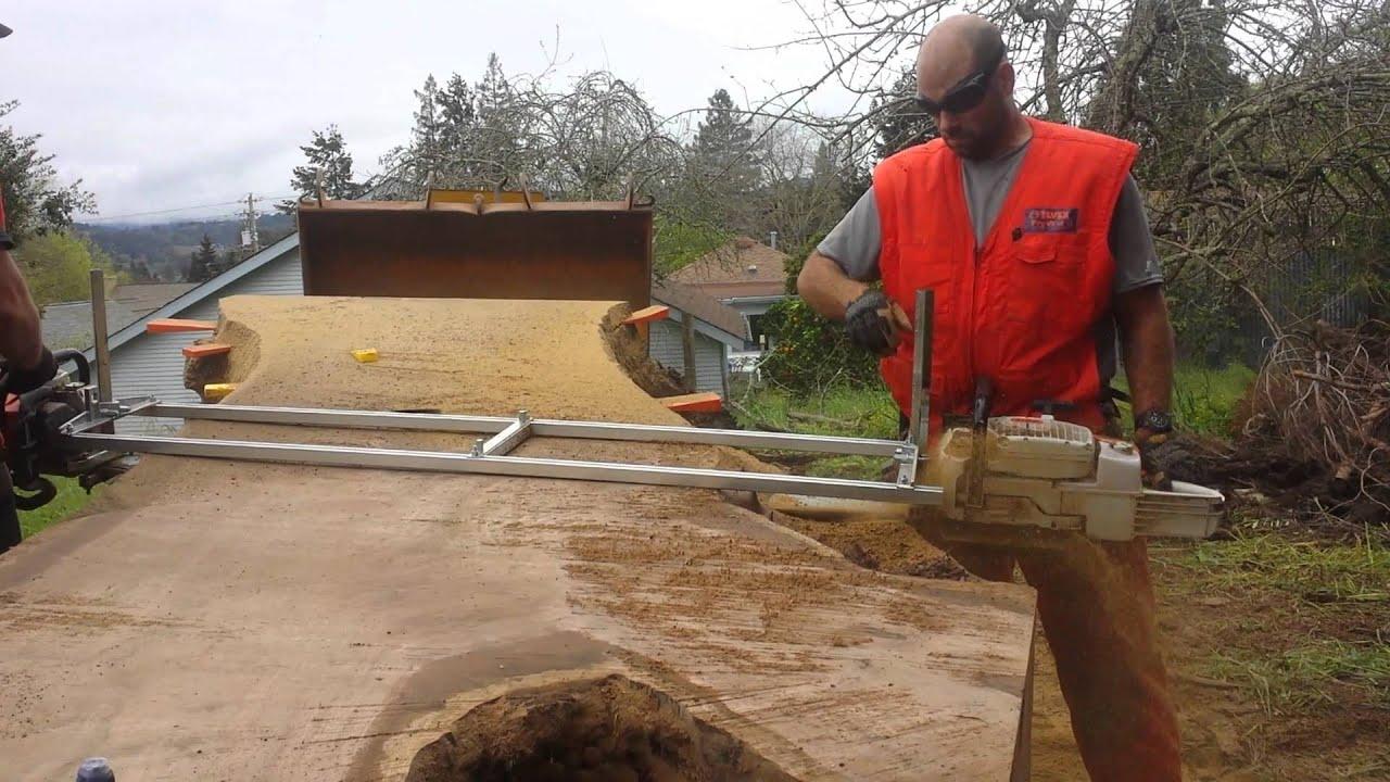 Walnut Slabs With 6 Ft Alaskan Mill Dbl Head 880 Stihl