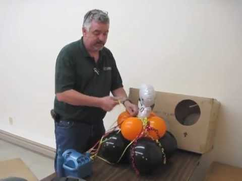 How to make an air filled balloon centerpiece youtube for Balloon decoration ideas no helium
