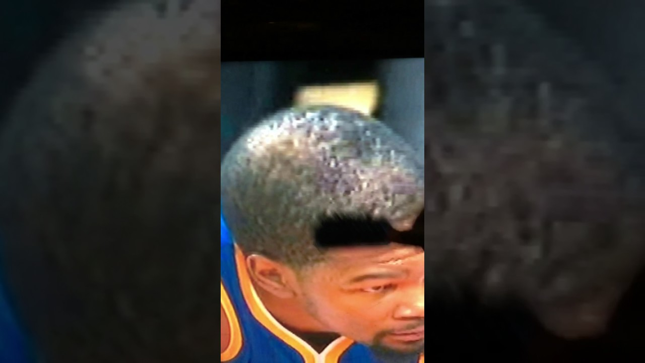 Kevin Durant Gets His Hair Brushed Youtube