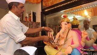 Ganesh AARTI At Nana Patekar Home