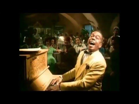 Casablanca (1942) Dooley Wilson - Knock On Wood, colorized ,