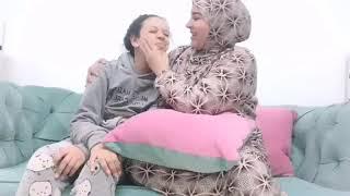 الأم المصريه لما تسرح لبنتها شعرها (الجزء الثالث) وصلوا الفيديو ل100الف لايك