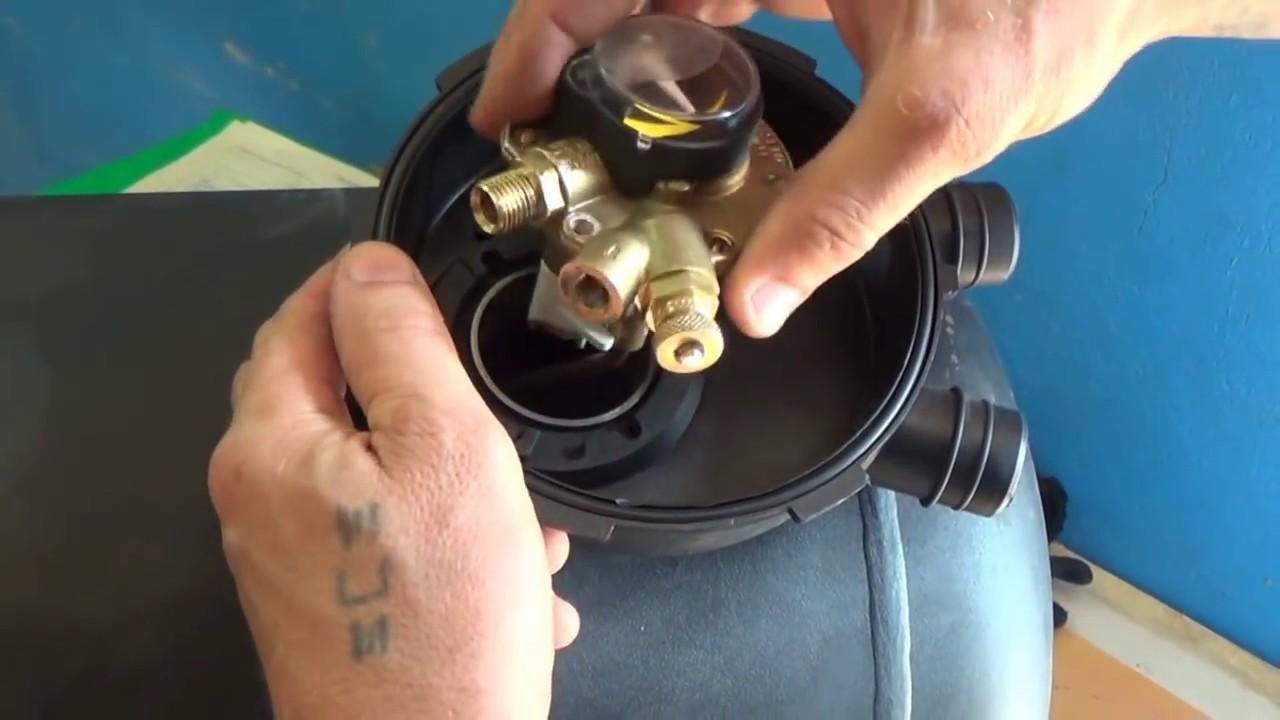 Газовое оборудование и комплектующие для газового оборудования на легковой. Продам балоны вместе с комплектующими, все стояло на авто,