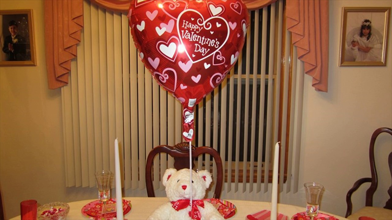 Table Decorations For Valentines Day - YouTube