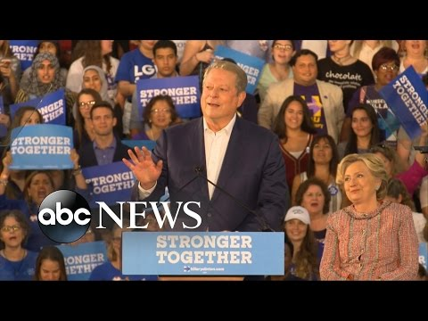 Al Gore Campaigns With Hillary Clinton in Bid for Millennial Voters