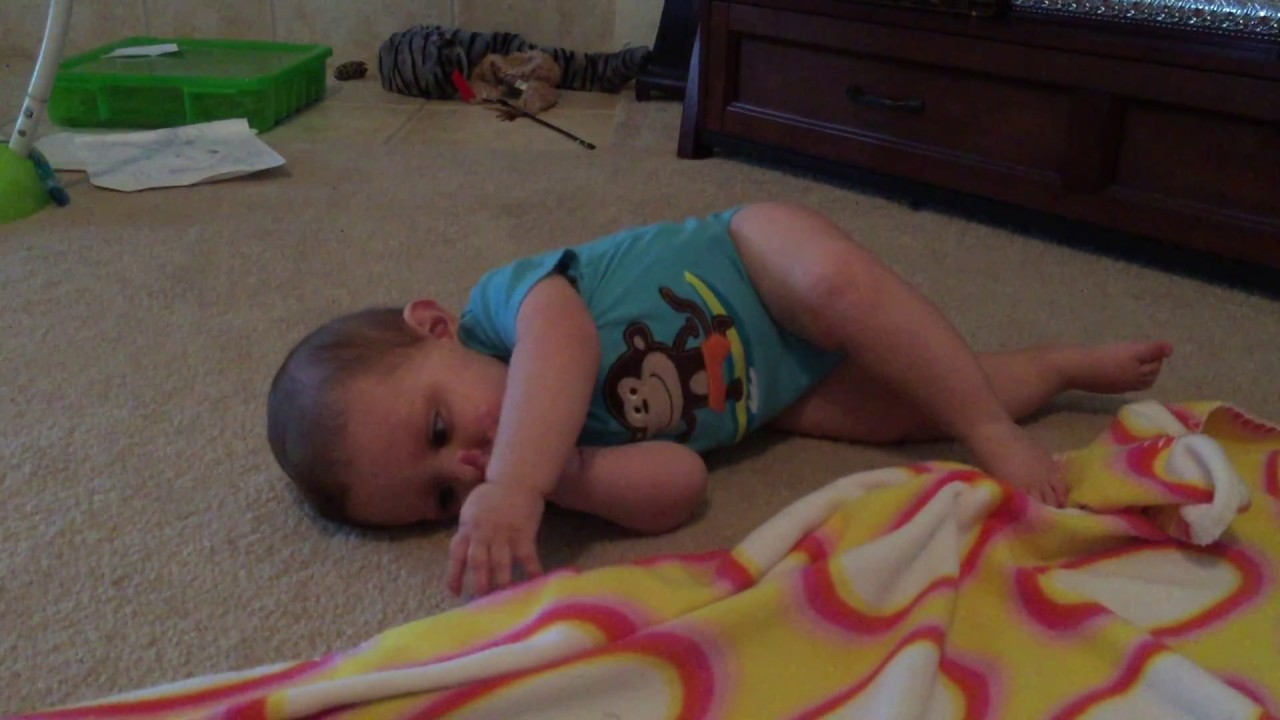 When do babies roll over   Cute baby rolling over and over and ...