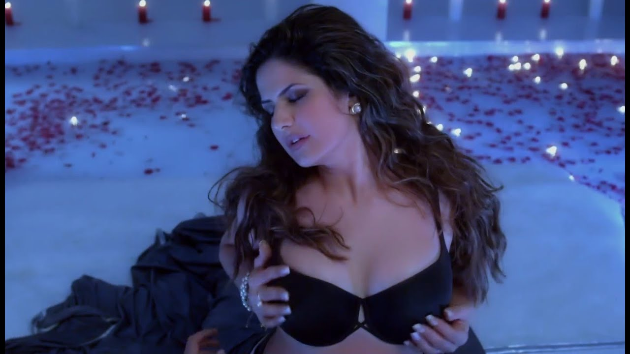 Hot And Steamy Scenes From Hate Story 3 Movie Zareen -6427