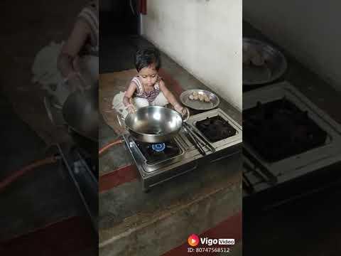 Ek Choti Si bachi Kaise khana banati hai uska trailer Ankhon Dekhi Hai