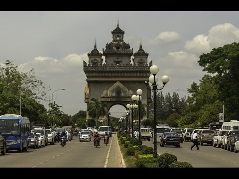 Walking in Vientiane, Laos 2017