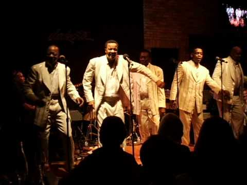 Legendary SPINNERS Performing Some of Their Greatest Hits @ Dakota Jazz Club in MPLS, Mn