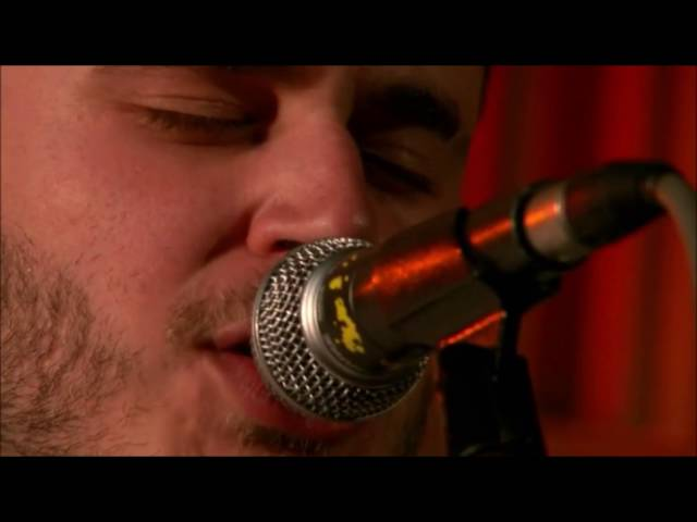 moose-blood-glow-live-from-bbc-radio-1-oursummeranthem
