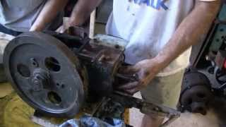ANTIQUE YANMAR DIESEL ENGINE REBUILD (PART 1)