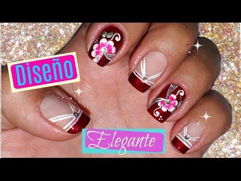 Decoración De Uñas En Color Rojonail Decoration In Red Color