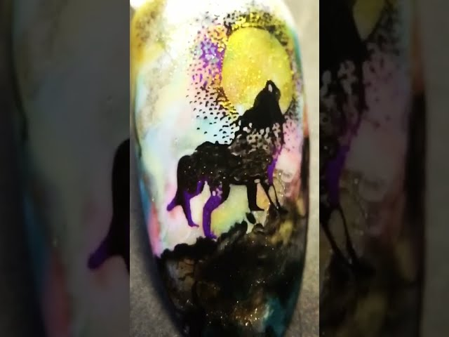 Idea_ Wolf under golden moon nail art coloring with sticky stamping polish and watercolor _SheModern