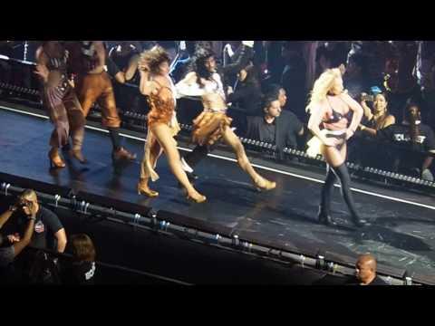 If U Seek Amy  - Britney Spears Live in Manila