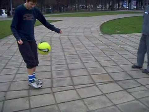 Freestyle Football - Sergy & C.R.11