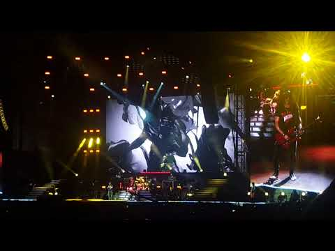 Guns N Roses - You Could Be Mine Vancouver 2017