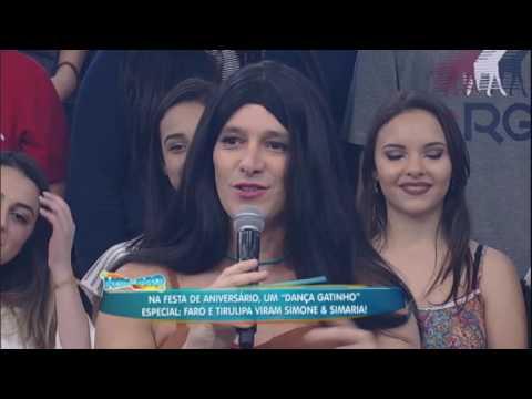 Rodrigo Faro e Tirullipa imitam Simone e Simaria no Dança Gatinho