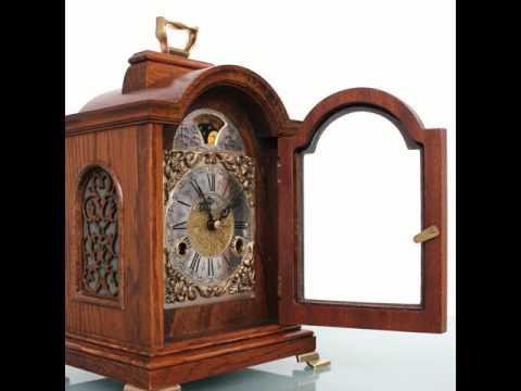 PHOTOSHOOT WARMINK WUBA Mantel Clock TOP OAK Wood CHIME Moonphase Mid Century Shelf Vintage