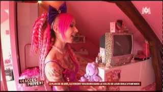 """Reportage """"Accès privé"""" sur Princesse Pudding (2010)."""