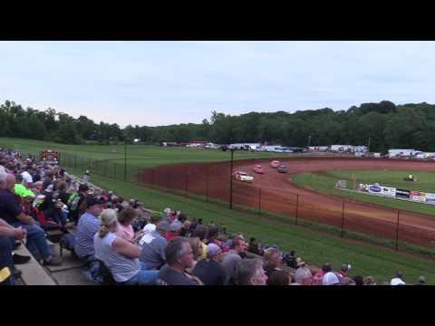 Bloomington Speedway   5.26.17   Super Stocks   Heat 1