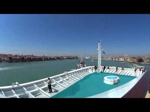 Venice Port Entry - 4K