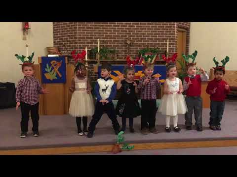 Glenwood Country Day School 2017 Winter Holiday Performance  Ms. Halls Class Song Two