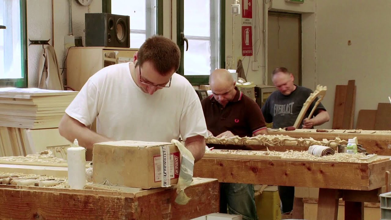 ROBERTO GIOVANNINI FIRENZE 1958, instinctive passion for carving.... - YouTube