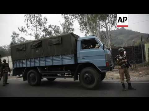 Police: Kashmir rebels attack Indian army base