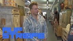 Einbrecher im Schlafanzug: Was macht er im Möbelladen? | Auf Streife | SAT.1 TV