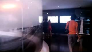 Дубай. Небоскреб Бурдж Халифа.(Небольшая прогулка на вышку Халифа., 2013-08-17T16:17:34.000Z)