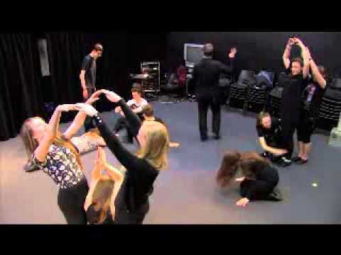 Theatre Game #28 - 10 Seconds To Make. From Drama Menu - drama games & ideas for drama.