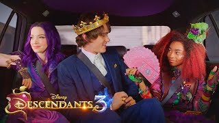 Things Only True Fans Noticed In Good To Be Bad From Descendants 3