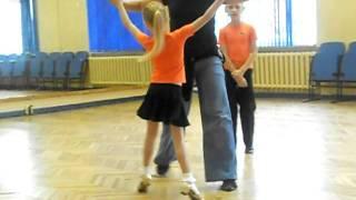 спортивные танцы тренировка Квикстеп