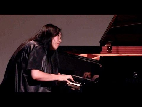 HJ Lim plays Bach Live in concert - Prelude&Fugue in D minor BWV 851