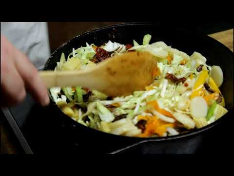 how-to-make-spicy-beef-lo-mein!-(season-2-episode-89)